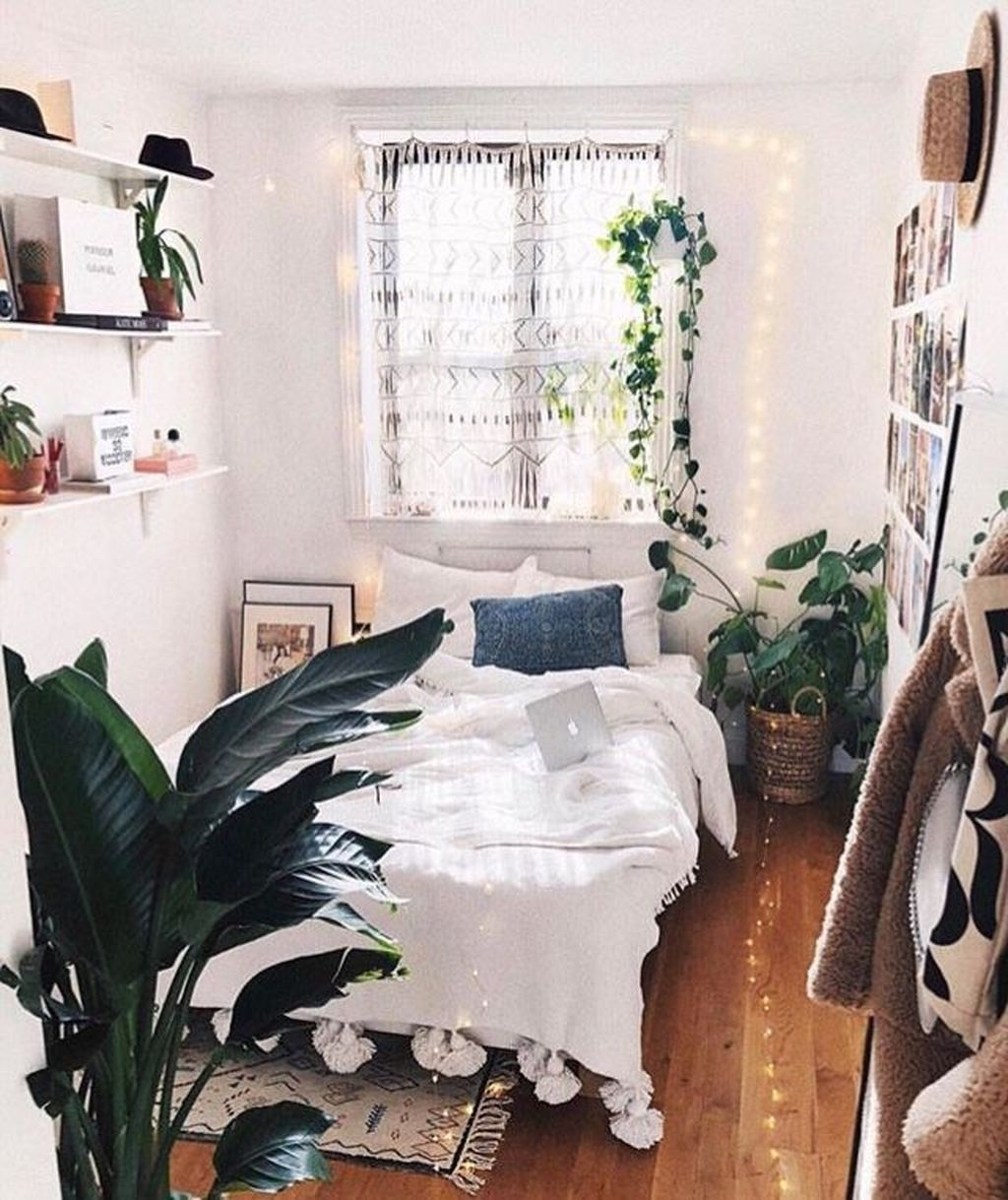 Perfect Small Bedroom Decorations 03