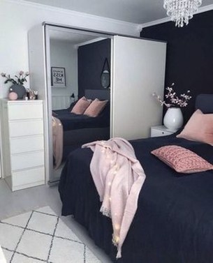 Perfect Small Bedroom Decorations 06