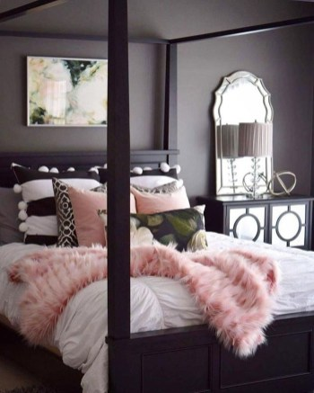 Pink Bedroom Decor You Can Try On Your Own 08