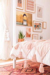 Pink Bedroom Decor You Can Try On Your Own 20