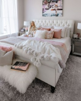 Pink Bedroom Decor You Can Try On Your Own 40