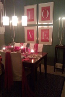 Romantic Valentines Day Dining Room Decor 03