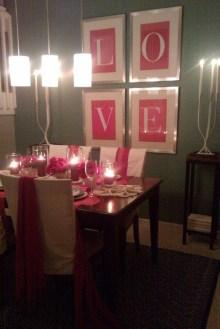Romantic Valentines Day Dining Room Decor 03