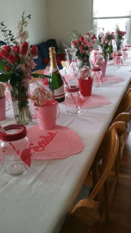 Romantic Valentines Day Dining Room Decor 13
