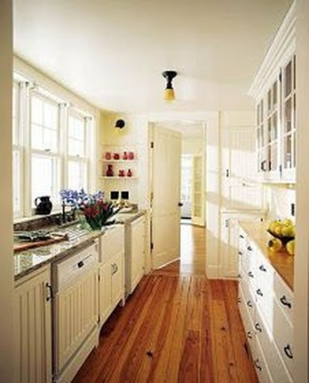 Upgrading Your Wall For Romantic Kitchen Decorations 19