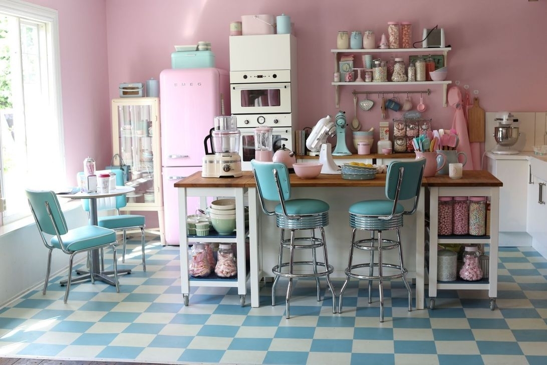 Upgrading Your Wall For Romantic Kitchen Decorations 23