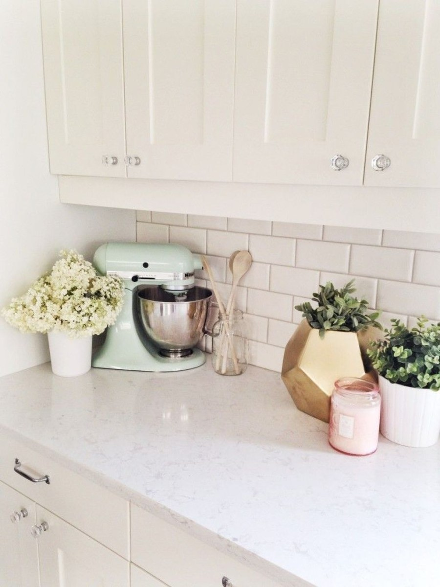 Upgrading Your Wall For Romantic Kitchen Decorations 28