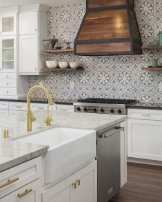 Affordable Kitchen Backsplash Decor Ideas 05