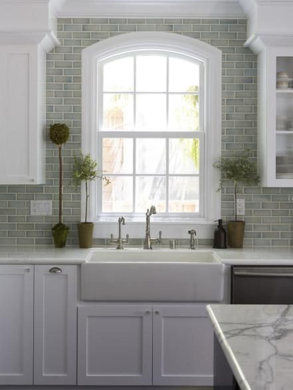 Affordable Kitchen Backsplash Decor Ideas 29