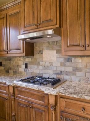 Affordable Kitchen Backsplash Decor Ideas 35
