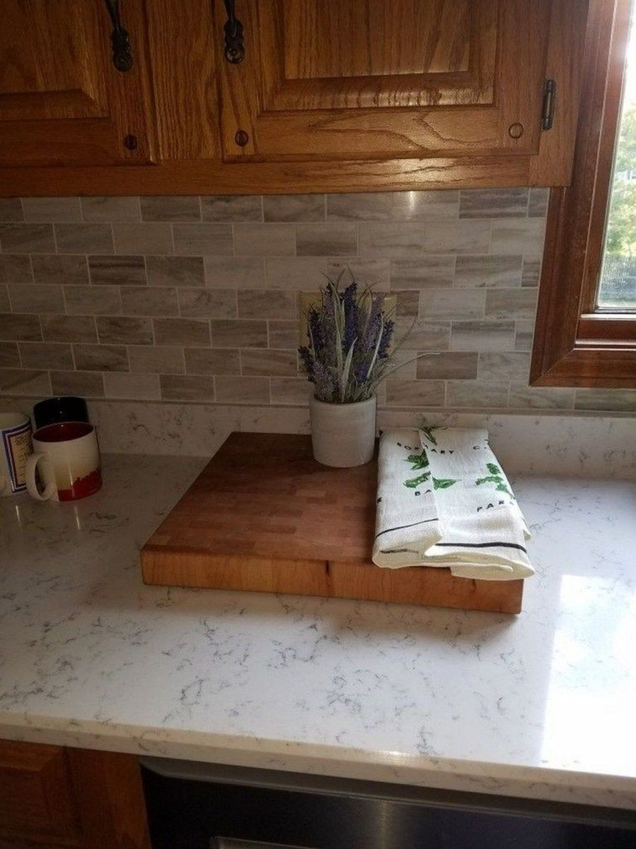 Affordable Kitchen Backsplash Decor Ideas 42