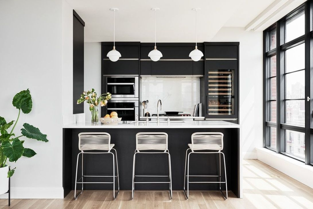 17 Black Kitchen Design Ideas with White Color Accent - SWEETYHOMEE