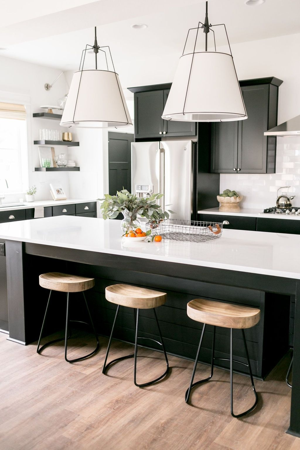 Black Kitchen Design Ideas With White Color Accent 29