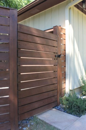 Front Yard Fence Ideas That You Need To Try 36
