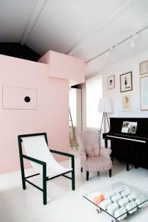 Lovely Pink Living Room Decor Ideas 02
