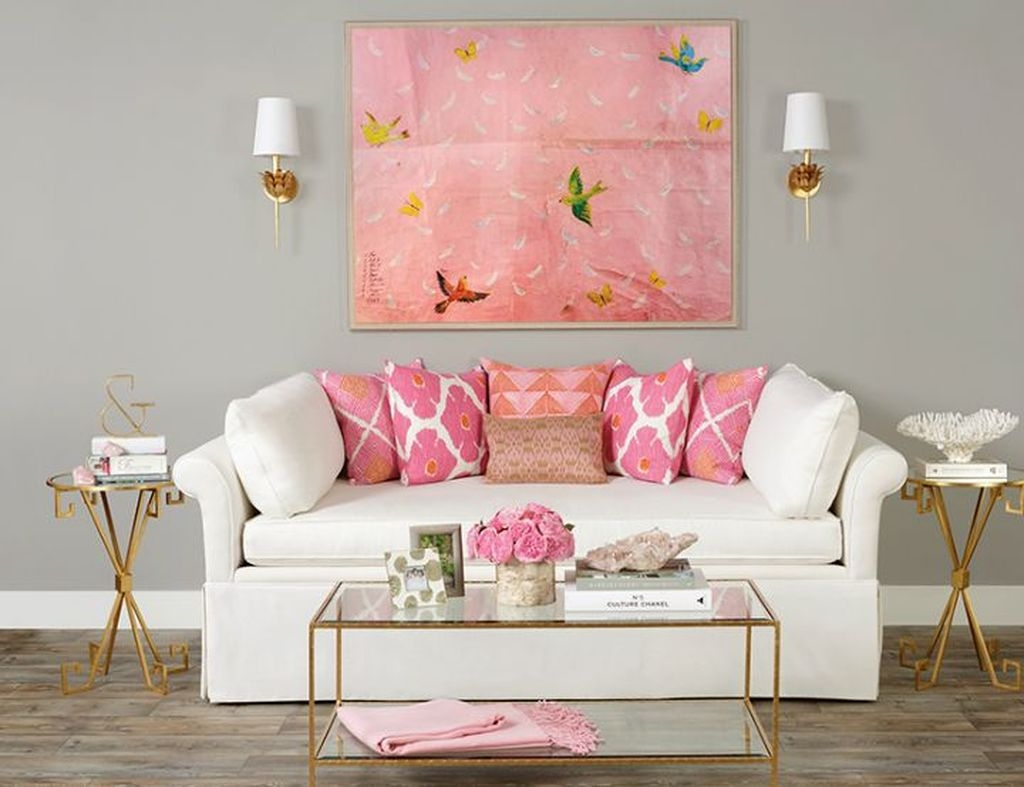 Lovely Pink Living Room Decor Ideas 06