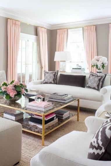Lovely Pink Living Room Decor Ideas 09