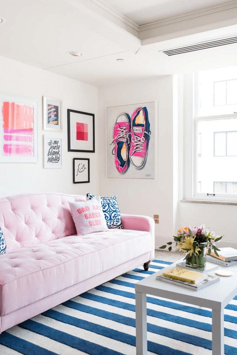 Lovely Pink Living Room Decor Ideas 14