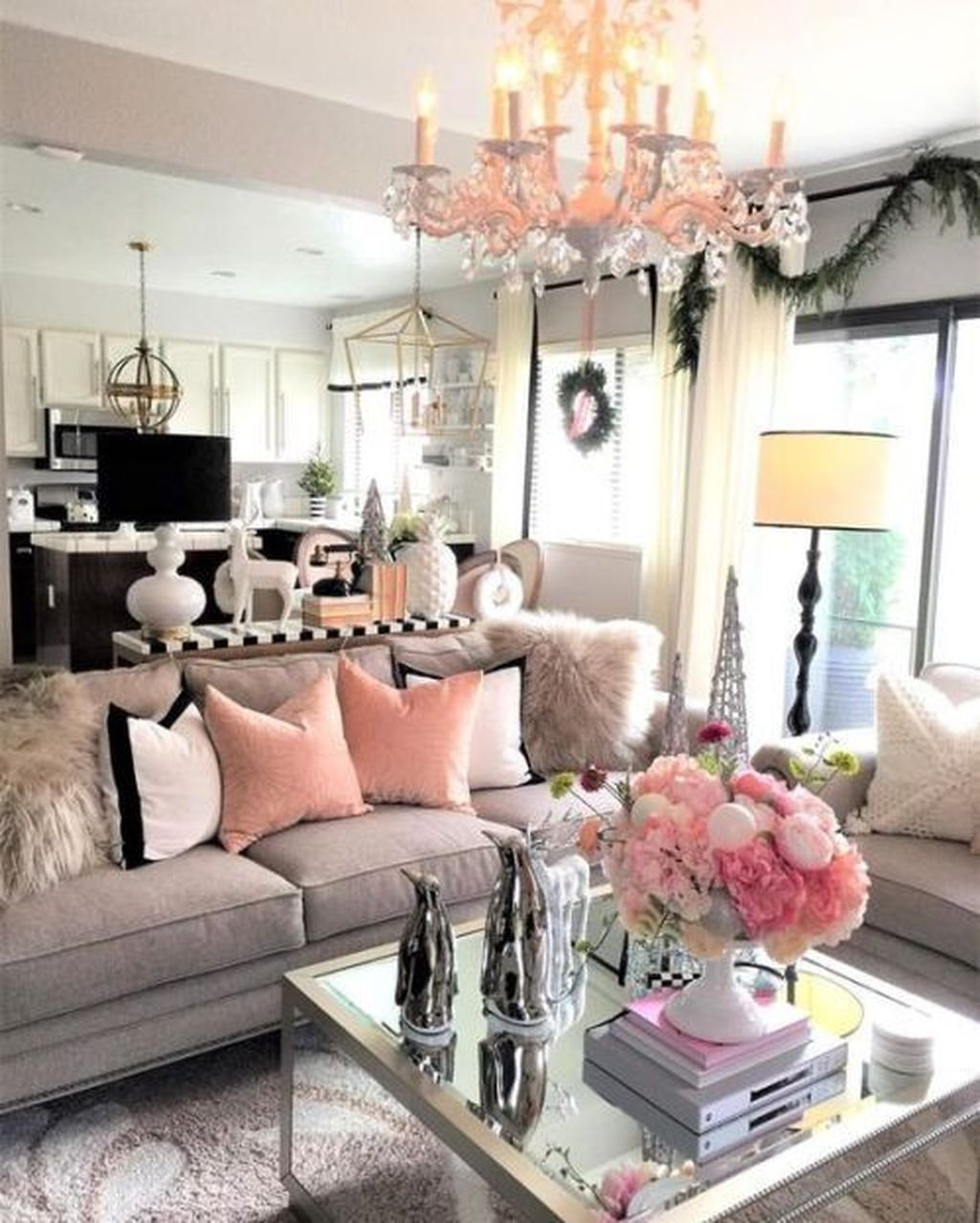 Lovely Pink Living Room Decor Ideas 27