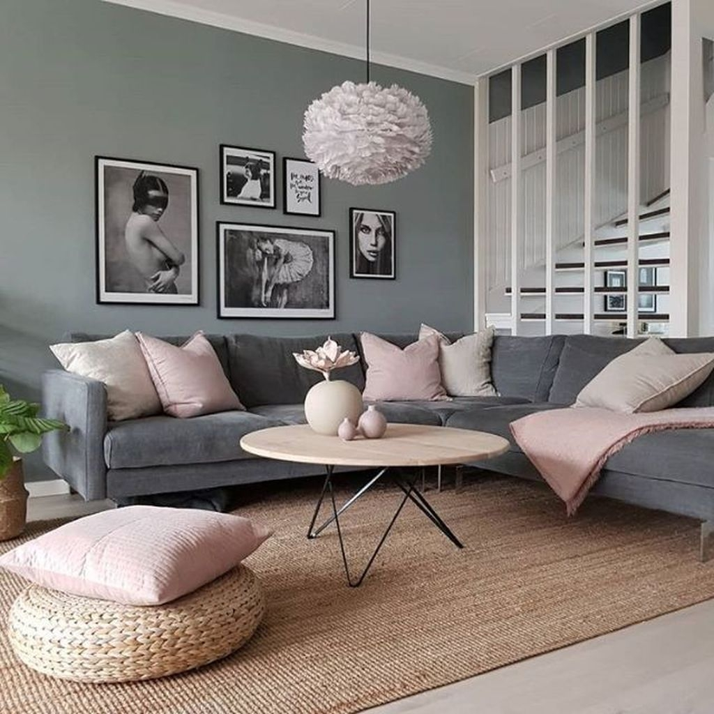 Lovely Pink Living Room Decor Ideas 36