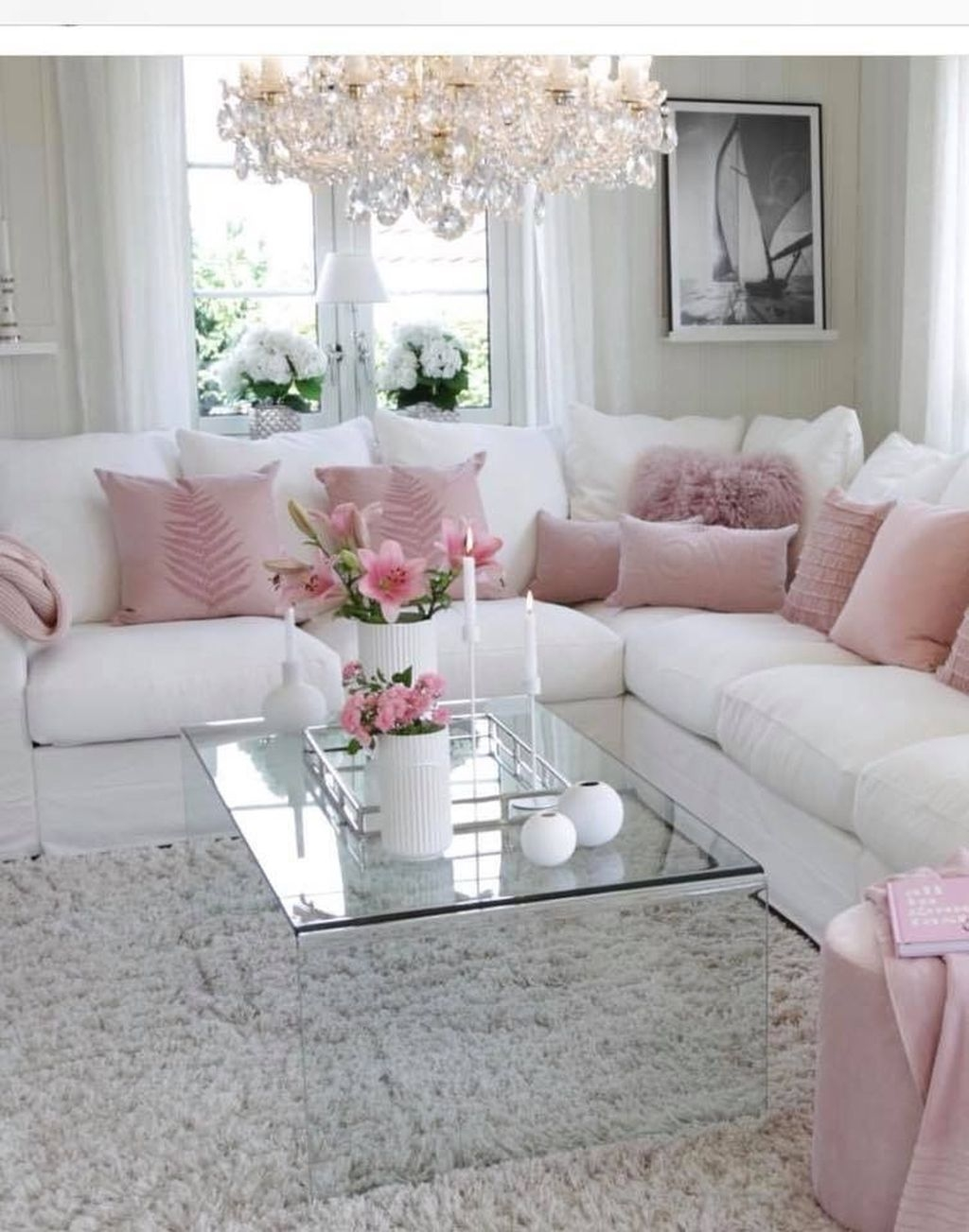 Lovely Pink Living Room Decor Ideas 42