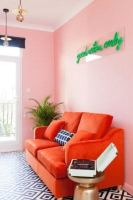 Lovely Pink Living Room Decor Ideas 48