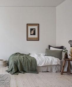 Minimalist Scandinavian Bedroom Decor Ideas 12