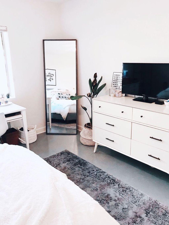 Minimalist Scandinavian Bedroom Decor Ideas 13
