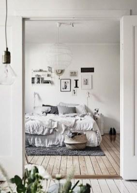 Minimalist Scandinavian Bedroom Decor Ideas 35