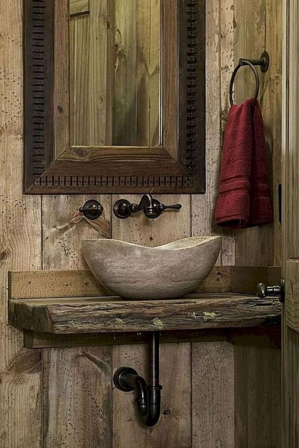 Perfect Rustic Farmhouse Bathroom Design Ideas 13