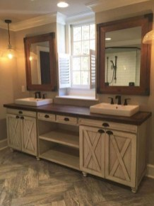 Perfect Rustic Farmhouse Bathroom Design Ideas 21