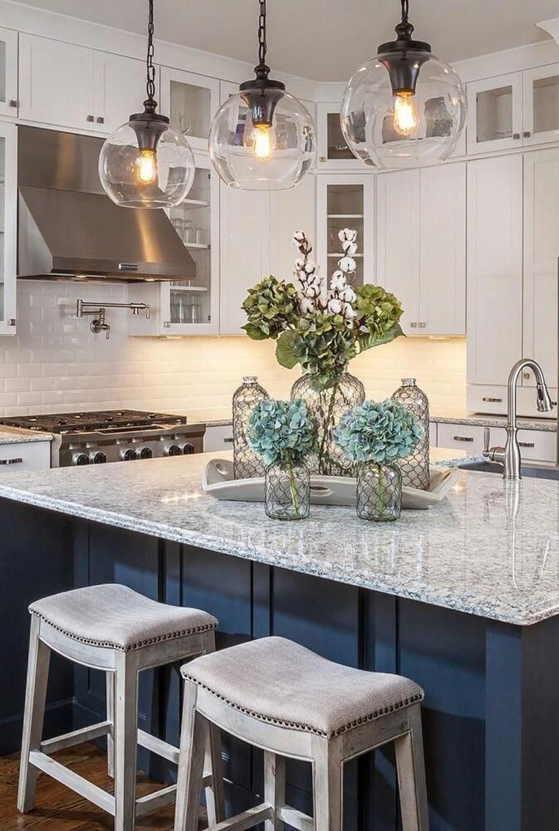 The Best Lighting In Neutral Kitchen Design Ideas 20