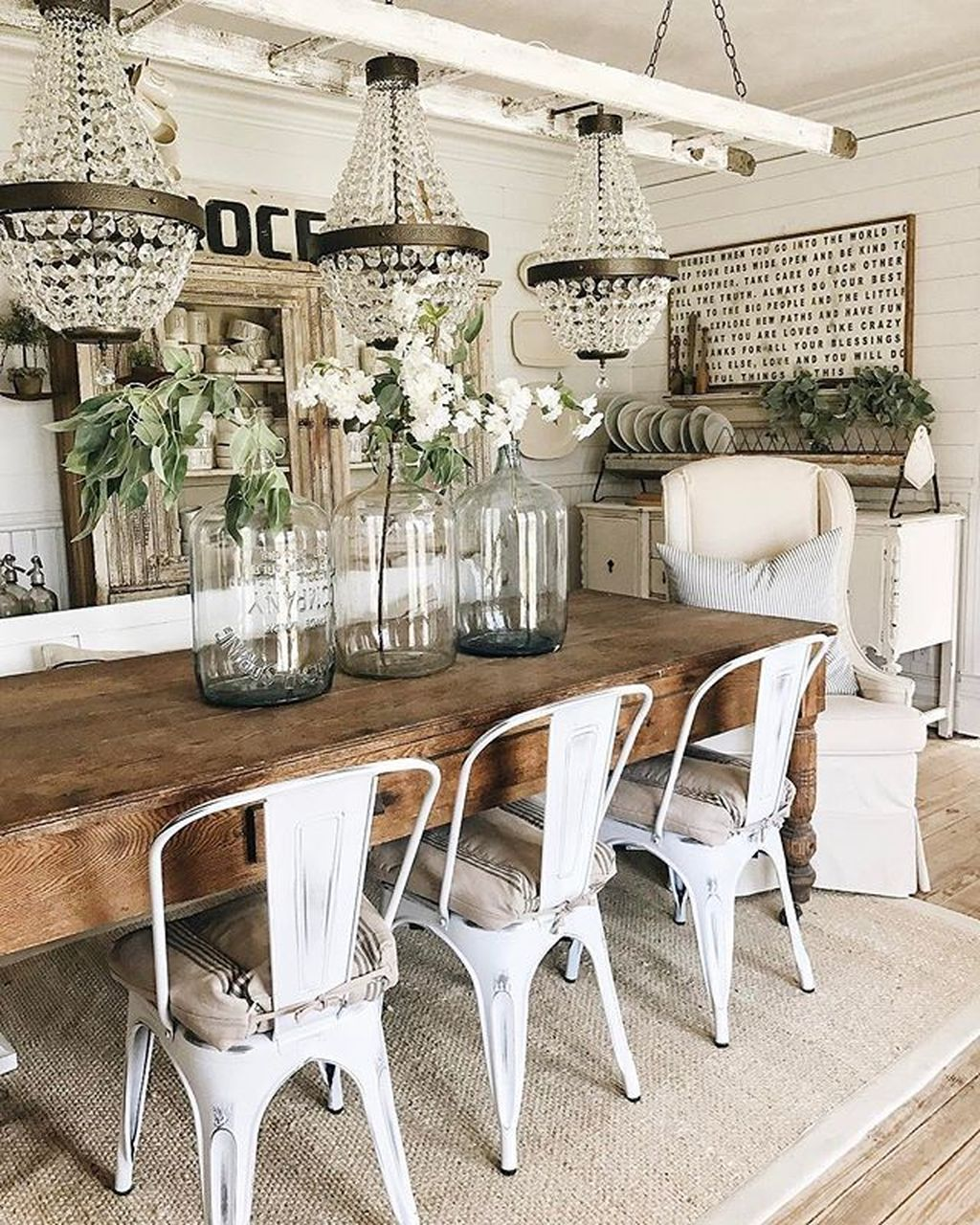 Admirable Farmhouse Living Room Decor Ideas 27