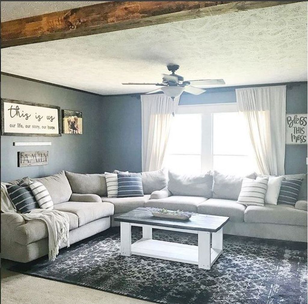 Admirable Farmhouse Living Room Decor Ideas 28