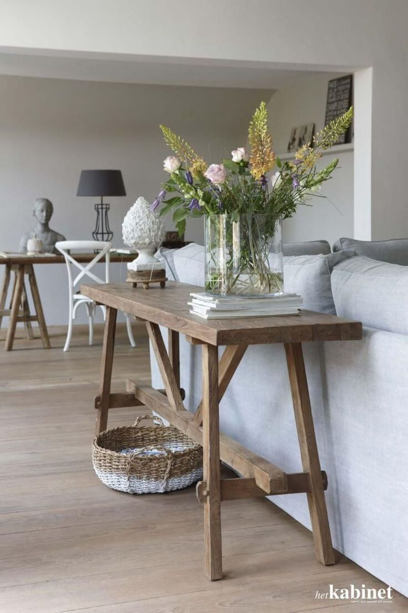 Amazing Sofa Table Decor Ideas You Should Try 28