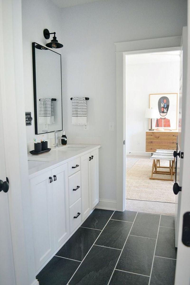Amazing White Tile Bathroom Design Ideas Looks Elegant 05