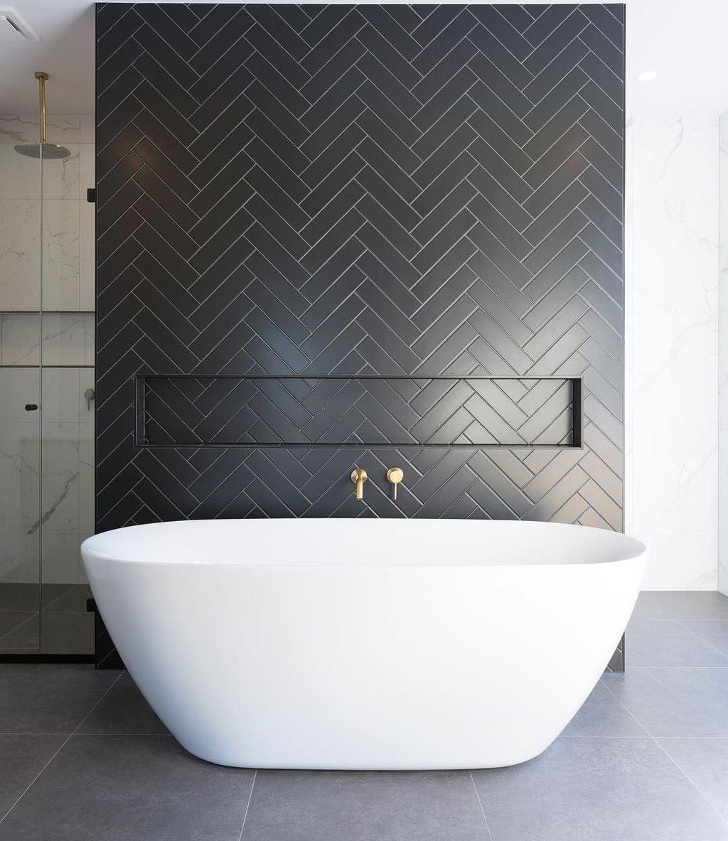 Amazing White Tile Bathroom Design Ideas Looks Elegant 25