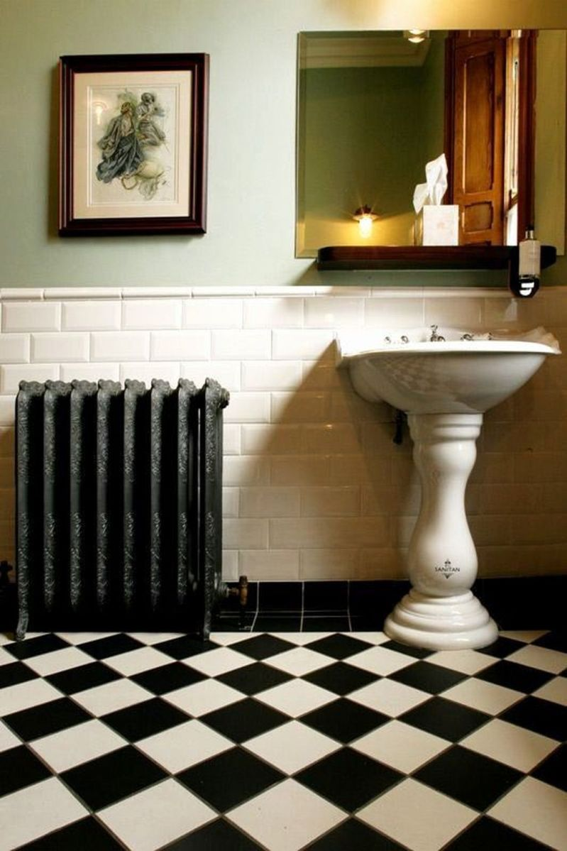 Amazing White Tile Bathroom Design Ideas Looks Elegant 38