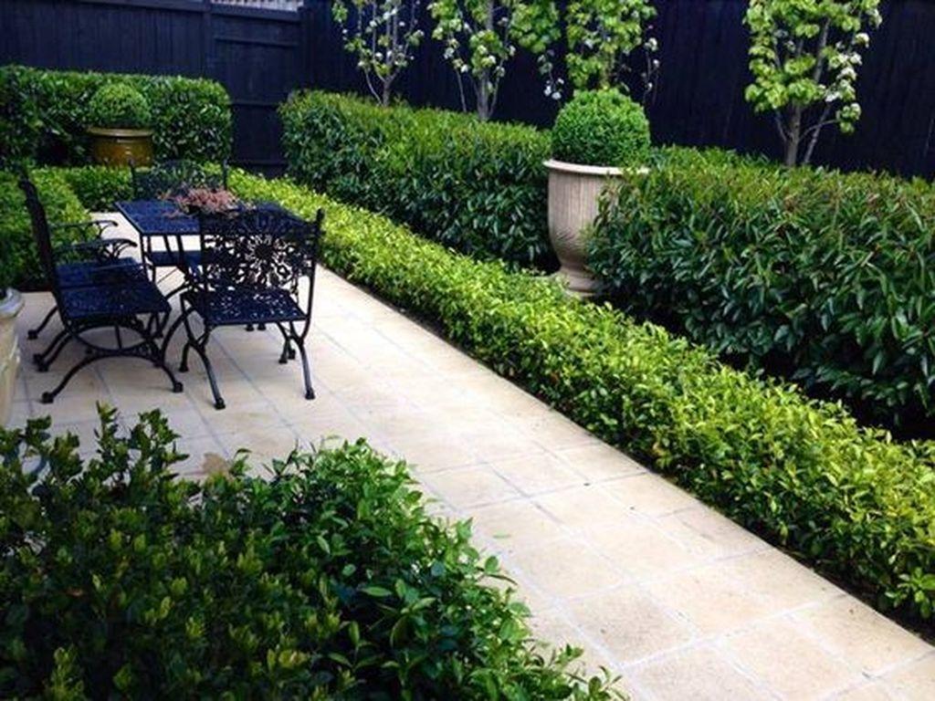 Beautiful Formal Garden Design Ideas 07