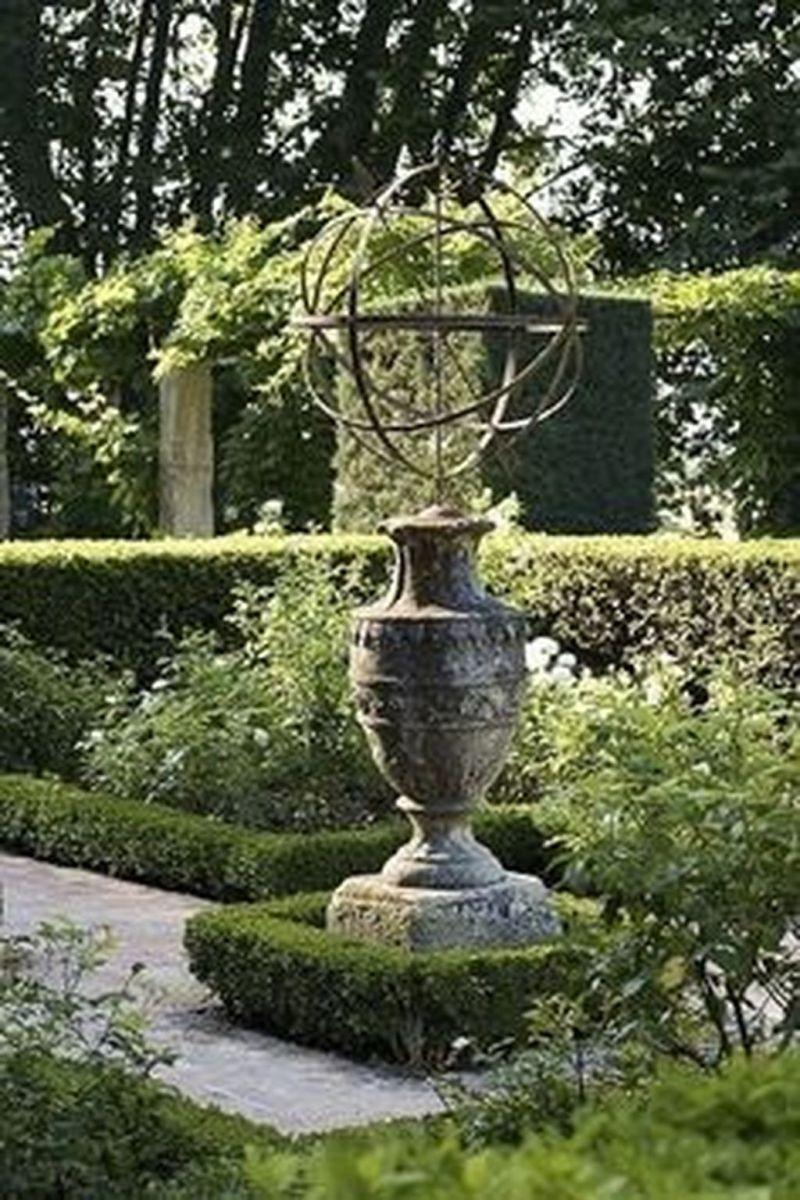 Beautiful Formal Garden Design Ideas 30 1