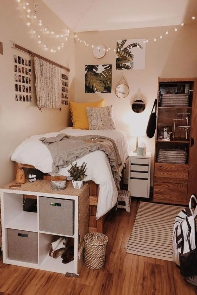 Cool Dorm Room Ideas To Maximize Your Space 27
