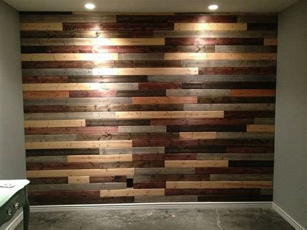 Fabulous Pallet Wall Decor Ideas To Beautify Your Interior 10