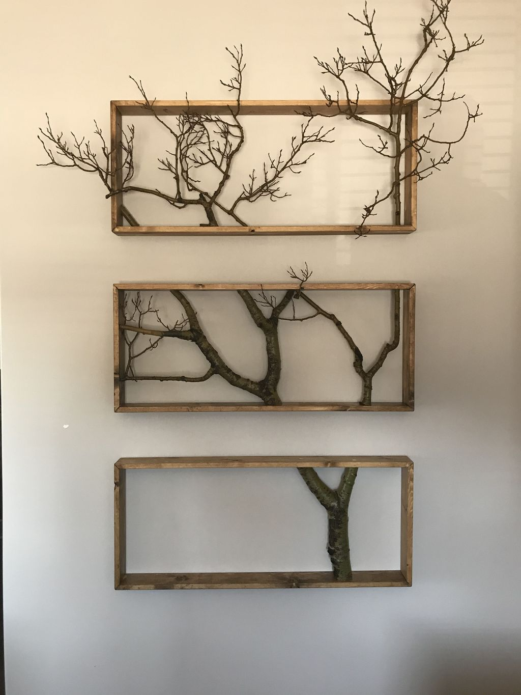 Fabulous Pallet Wall Decor Ideas To Beautify Your Interior 22
