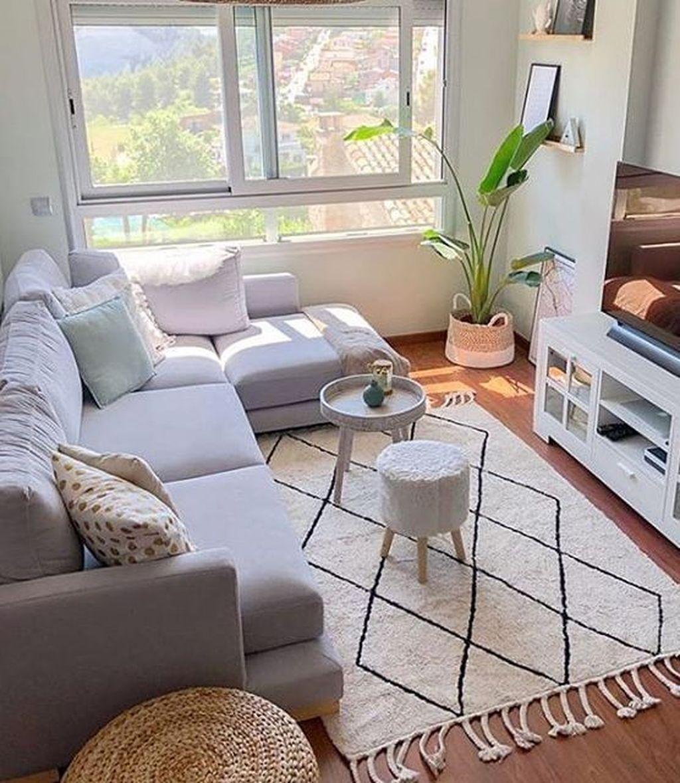 Fascinating Small Apartment Living Room Decor Ideas 08