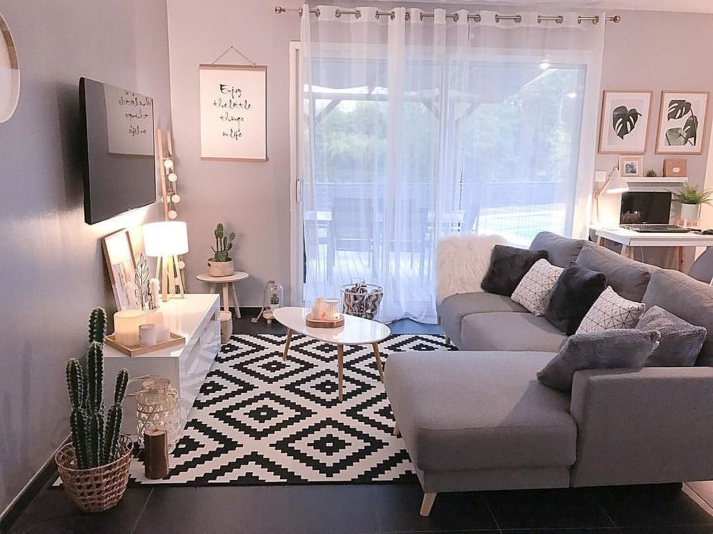 Fascinating Small Apartment Living Room Decor Ideas 20
