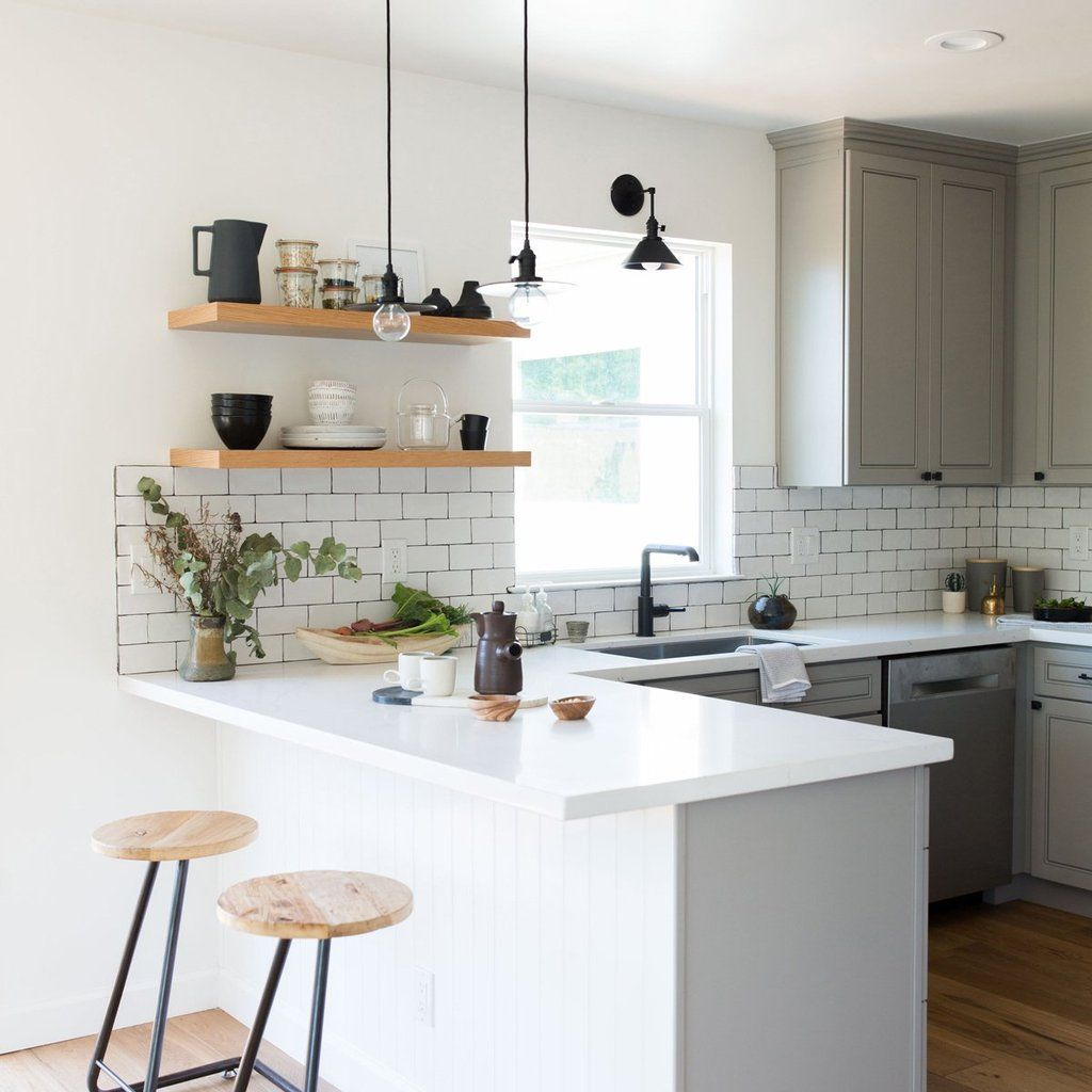 Gorgeous Kitchen Shelves Ideas You Must Have 06