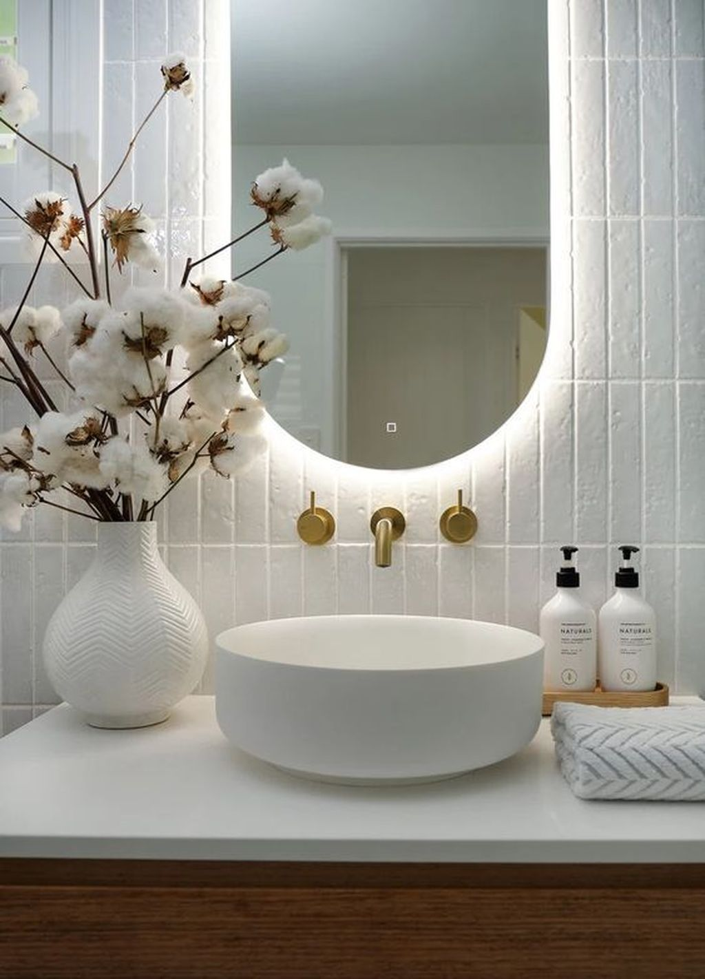 Inspiring Bathroom Interior Design Ideas 07