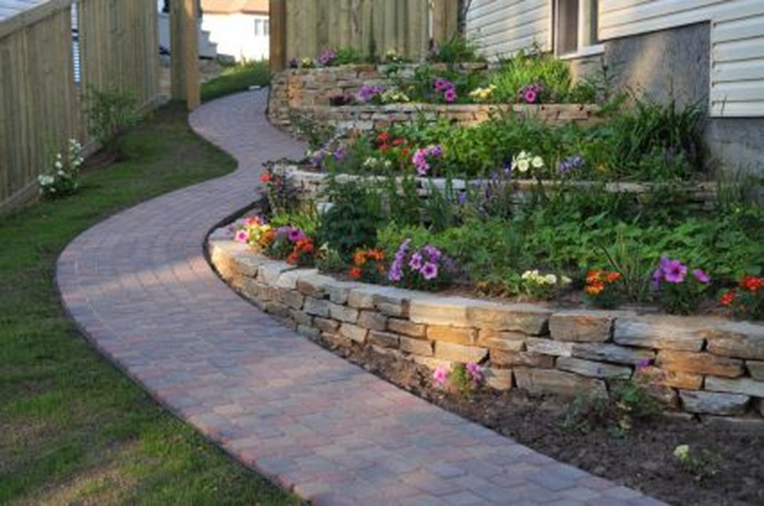 Lovely Home Garden Ideas That You Must Have 26