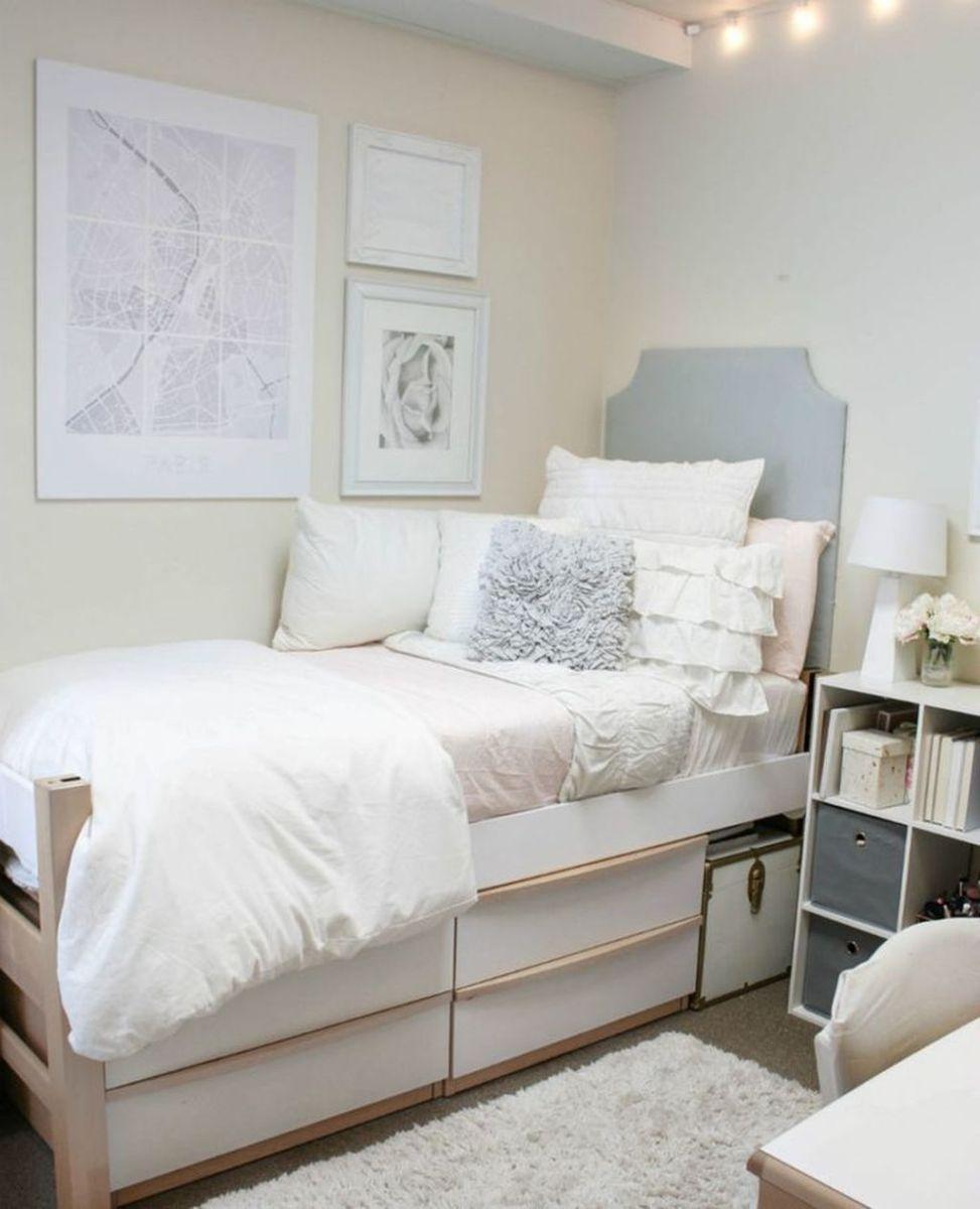 Nice Simple Dorm Room Decor You Should Copy 23