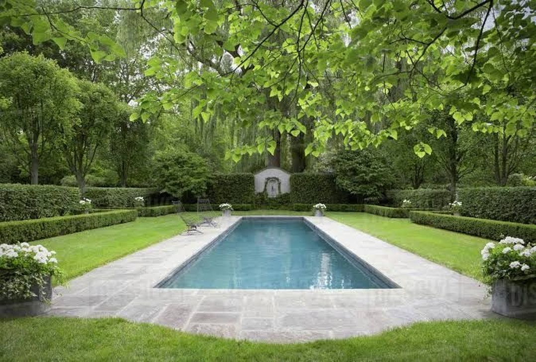 Stunning Backyard Pool Landscaping Ideas 29